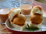 Vada Pav with cutting chai