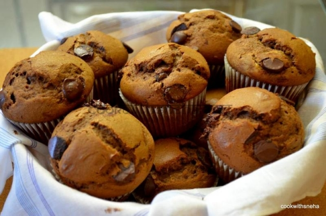 double-choco-muffins