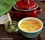 Sweet corn with vegetables soup